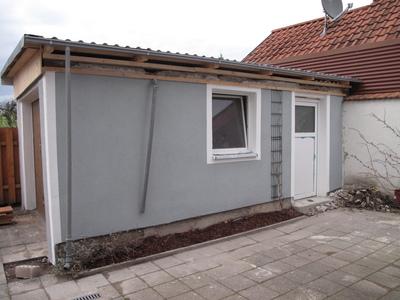 Garage: Dach und Putz